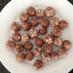 Matthew Chocolate balls