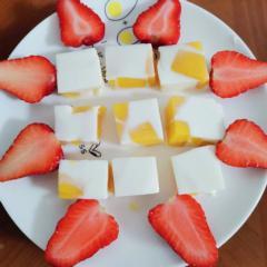 Mango milk pudding