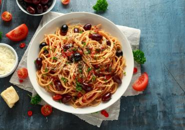 Olive, Capers and Fish Spaghetti