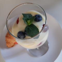 Fruit trifle